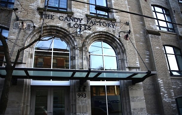 10-993-queen-st-west-candy-factory-lofts-exterior1